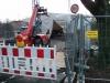 Dezember 2012 - Seltener Blick in die Einhausung. Optisch sieht die Brücke schon sehr verändert aus. Links liegen Bodenelemente.