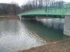 Mitte Januar 2014: Nach Druck durch einen Artikel im Express hat die Stadt reagiert und die Unterwasser-Erdhaufen etwas abgebaggert. Die nun entstandene Wassertiefe von 40cm sollte reichen, damit wir nicht aufsetzten. Inwieweit die Uferzonen später wieder bepfanzt werden, wissen wir nicht.
